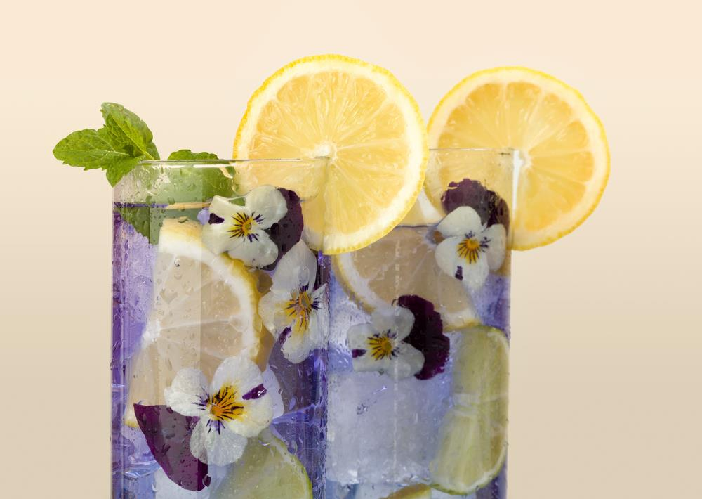 Drink with lemon and flowers